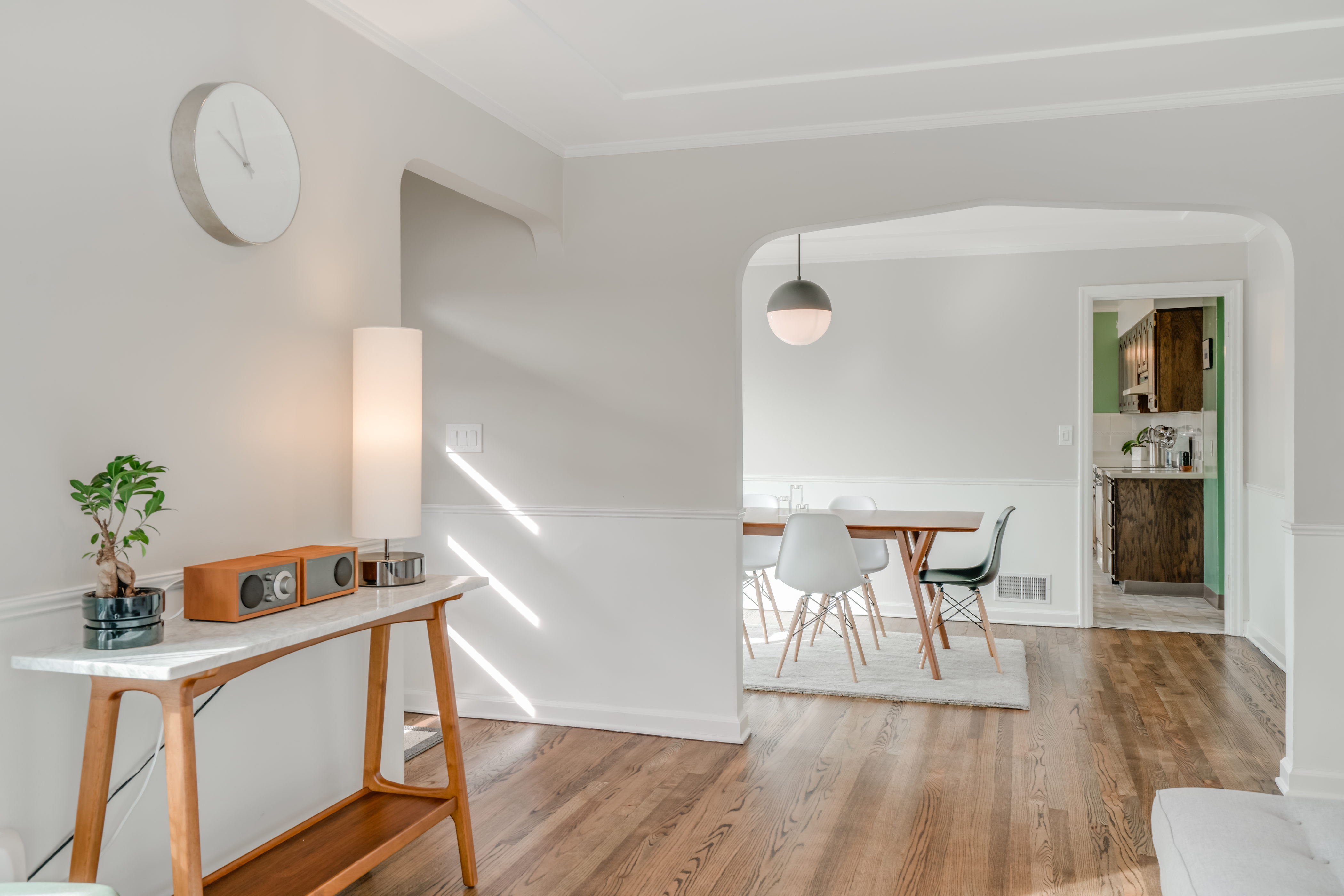 4729 SE Ash St Portland OR-print-011-30-Living Room-4200x2802-300dpi ...