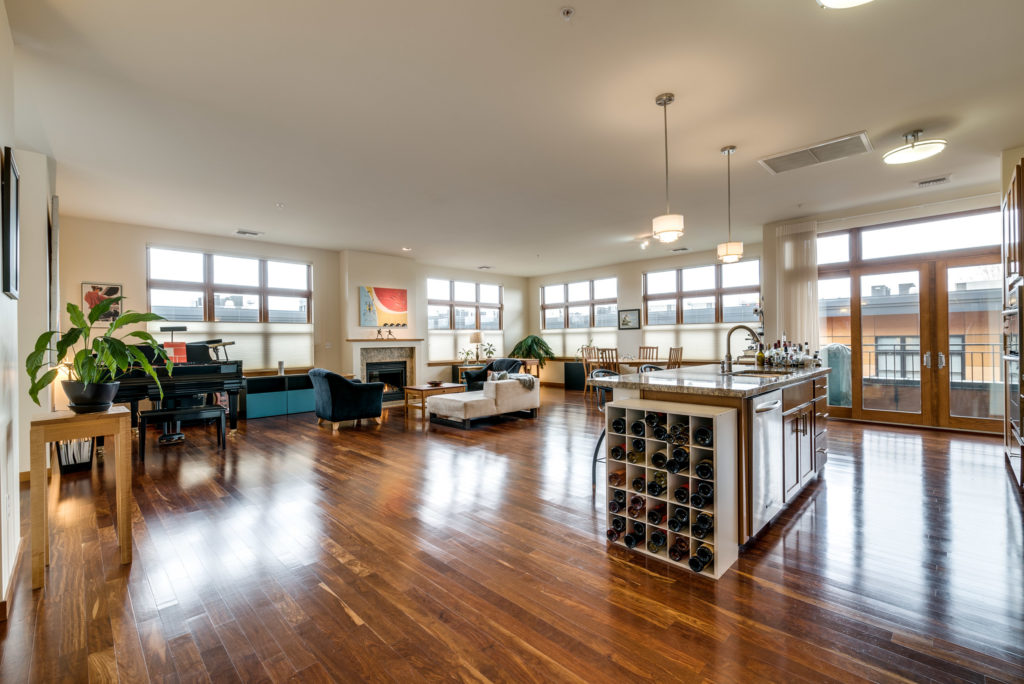 Immaculate Penthouse Nob Hill