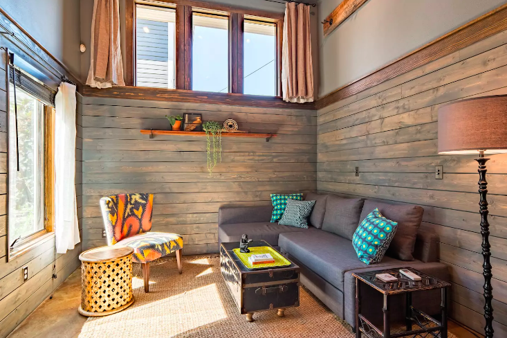Airbnb and the quest for a portland adu living room realty for Living room realty portland or