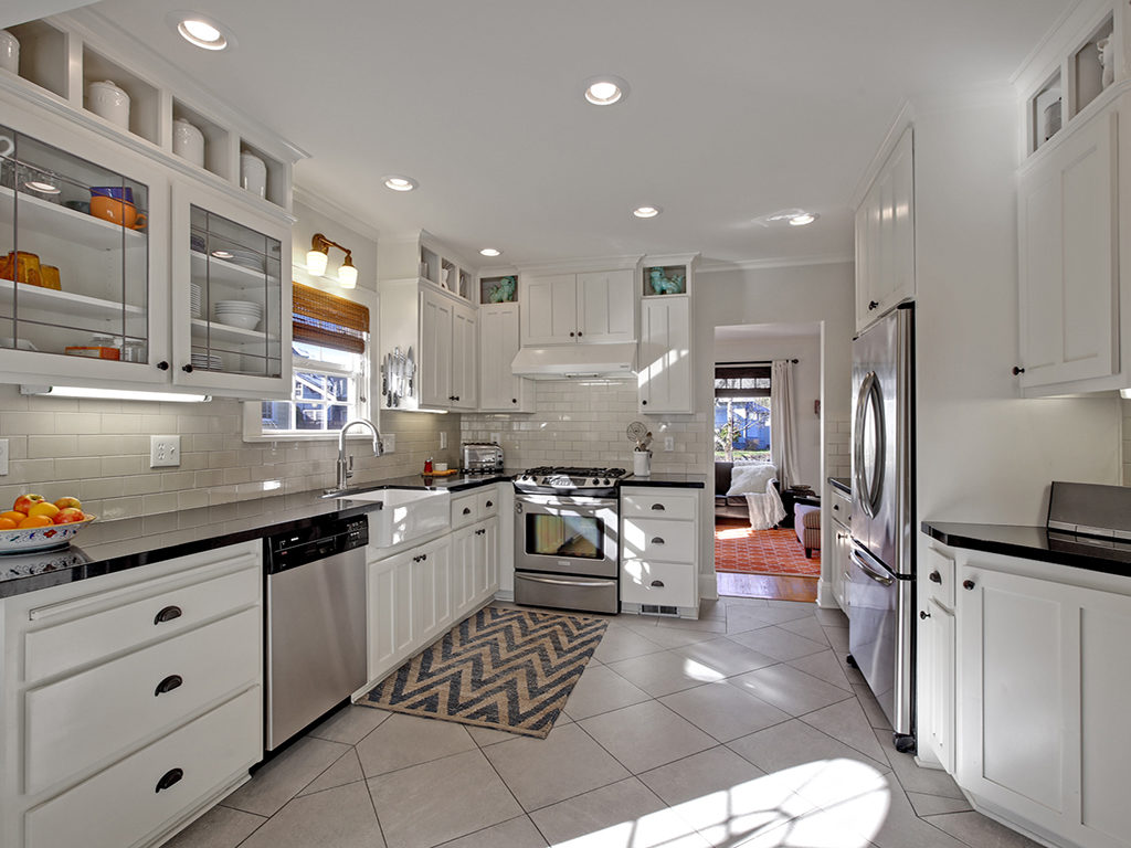 Gorgeous Alameda English Kitchen