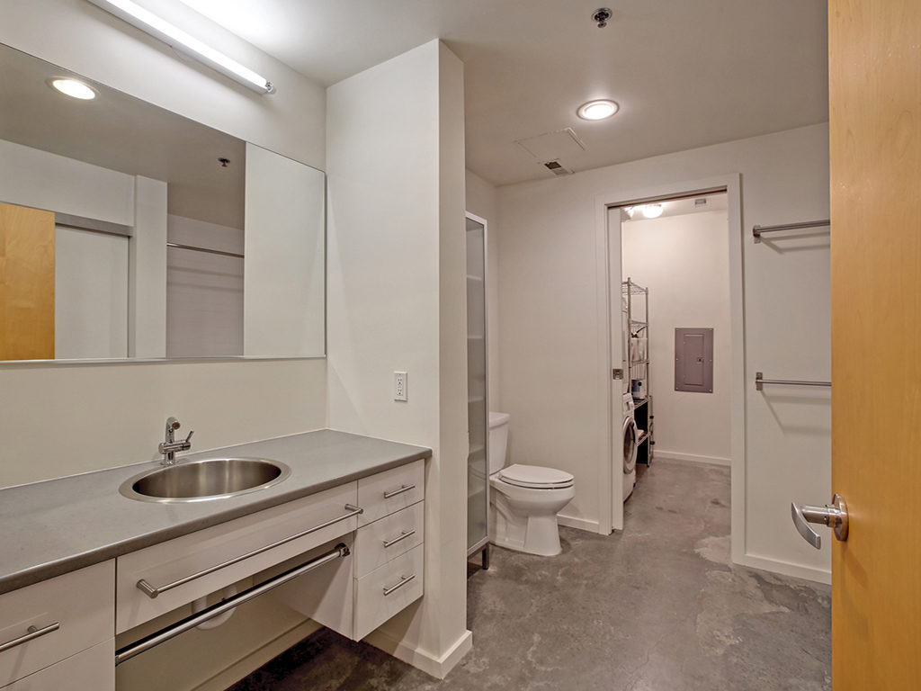 Modern Finishes Bath