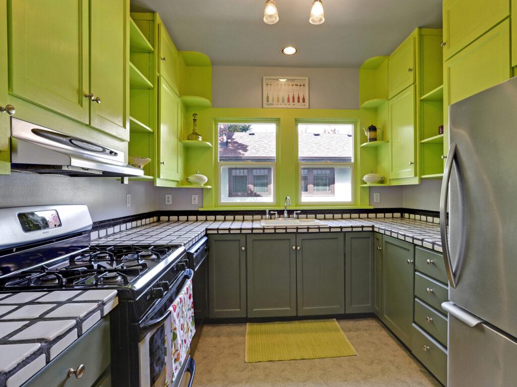 Vintage Condo Kitchen